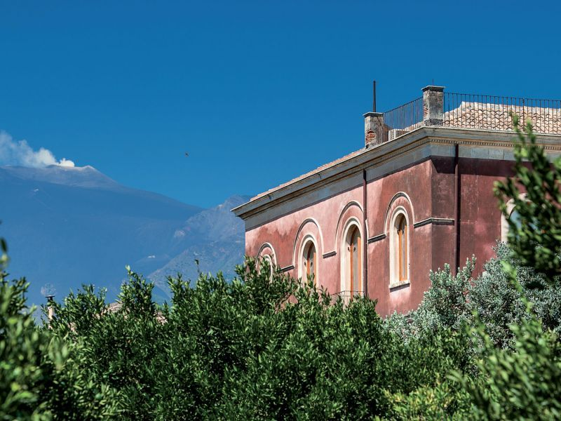 Mandarin Manor House: between the Etna and Taormina